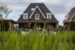 Bauen lassen oder Haus kaufen? | Bergbau BG